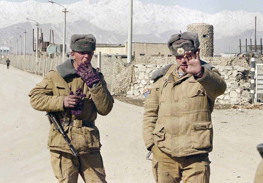 Хроника войны в Афганистане - Про войну в Афганистане ...: http://www.soldati-russian.ru/publ/vojna_v_afganistane/khronika/30