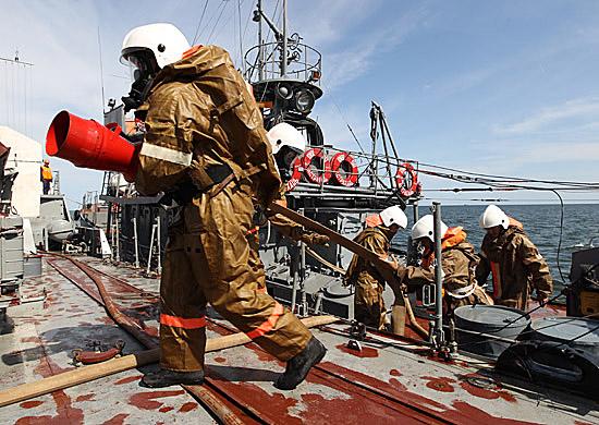 средства борьбы за живучесть подводных лодок